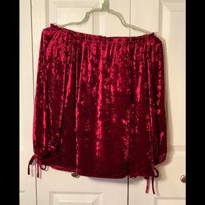 🌟Jessica Simpson - Red Velvet blouse